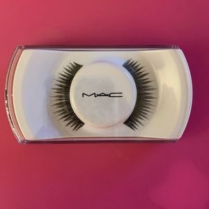 NEW MAC Lashes #3 Black